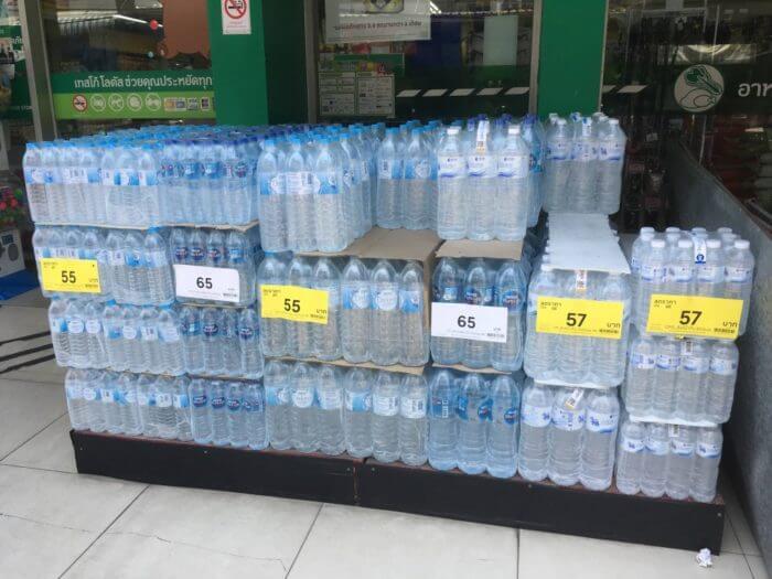 テスコ・ロータスの水